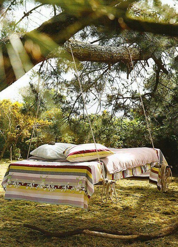 Ağaçta Asma Yatak