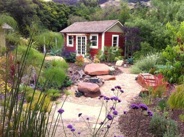 Kırmızı Bahçe Kulübe Evi
