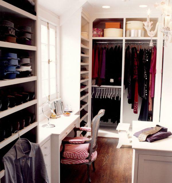 Beyaz Giysi Odası