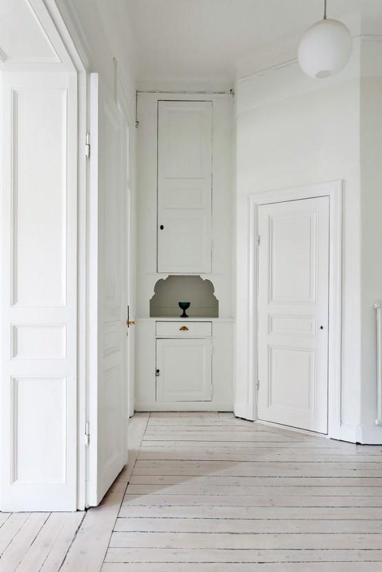 Beyaz Kapı
