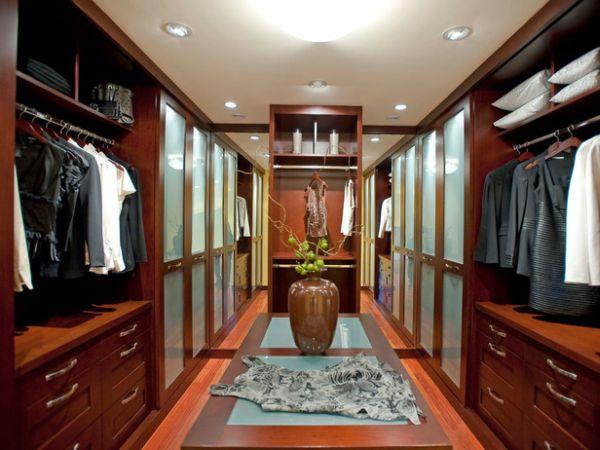 Maun Giysi Odası